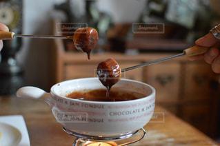 マシュマロのチョコレートフォンデュの写真・画像素材[1338528]