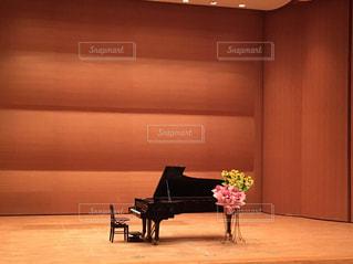 ピアノの発表会の写真・画像素材[1333556]