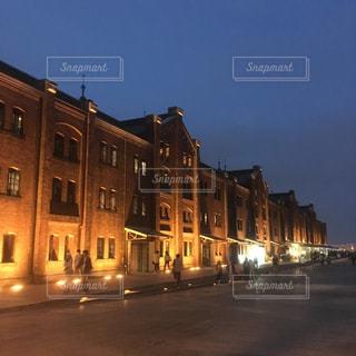 夜の街の景色の写真・画像素材[1336858]