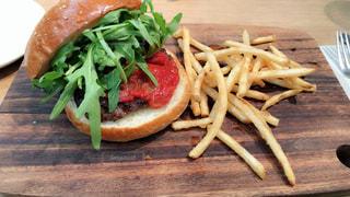 ハンバーガーの写真・画像素材[1346752]