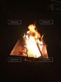 焚き火の写真・画像素材[3536257]