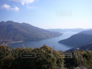 山と湖の写真・画像素材[1367124]