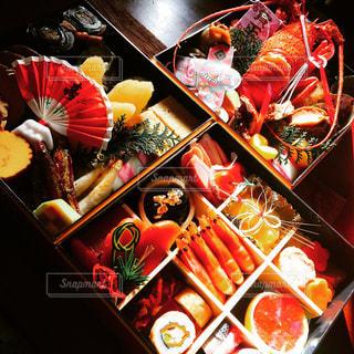 料理の種類でいっぱいの御節の写真・画像素材[1333759]