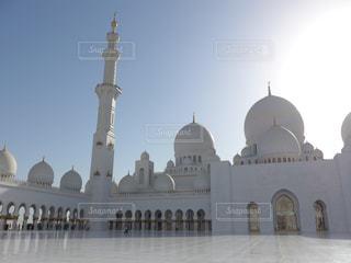 白亜のモスクの写真・画像素材[1345741]