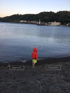 海好きな男の子の写真・画像素材[1336996]