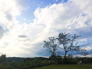 大きな雲の写真・画像素材[2686549]