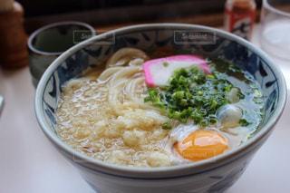 香川で食べた温かいうどんの写真・画像素材[1529382]