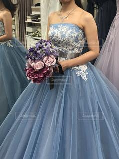 水色のカラードレスの写真・画像素材[1625330]