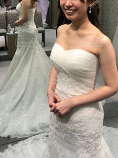 ウェディング ドレスを着た女性の写真・画像素材[1625336]
