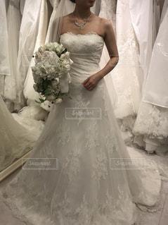 ウェディング ドレスを着た女性の写真・画像素材[1625345]