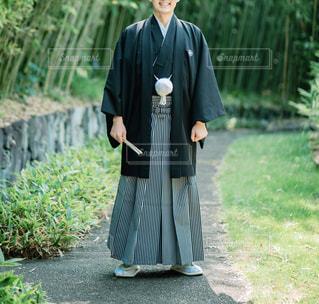 紋付袴を着た男性の写真・画像素材[1633906]