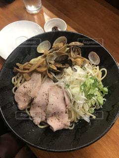 鶏チャーシューと魚介のラーメンの写真・画像素材[1664611]
