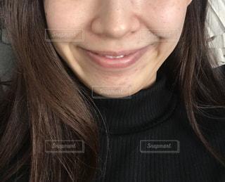 女性の口元のアップの写真・画像素材[1848111]