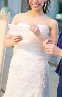 披露宴中の花嫁の写真・画像素材[2049582]