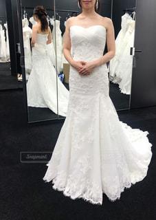 ウェディングドレスを着た女性の写真・画像素材[2331626]
