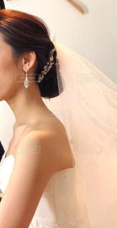 ウェディングドレスを着た女性の写真・画像素材[2344404]