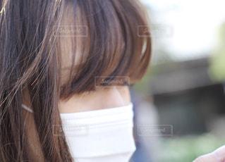マスクをした女性の写真・画像素材[2391711]