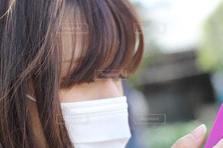 マスクをした女性の写真・画像素材[2391712]