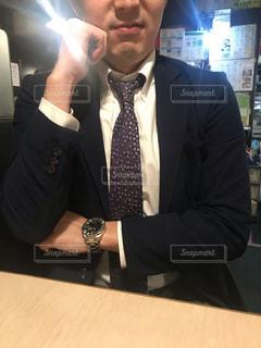 スーツを着た男性の写真・画像素材[2727966]