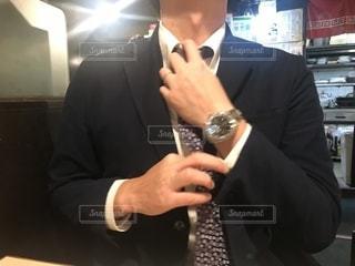 スーツを着た男性の写真・画像素材[2727969]