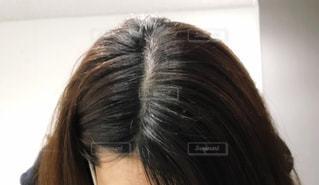 女性の頭頂部の写真・画像素材[2882252]