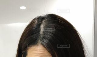女性の頭頂部の写真・画像素材[2882255]
