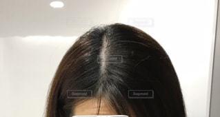女性の頭頂部の写真・画像素材[2882256]