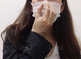 マスクをした女性の写真・画像素材[3296514]