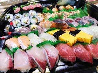 お寿司の出前の写真・画像素材[3659747]