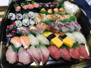 お寿司の出前の写真・画像素材[3659749]