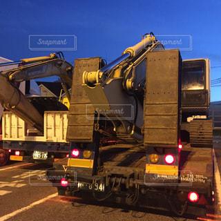 大型トラックの運転手の写真・画像素材[1412701]