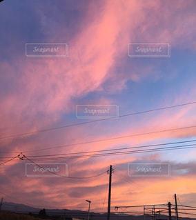 ピンクの夕暮れの写真・画像素材[1346965]