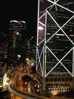 夜の街の景色の写真・画像素材[1341300]