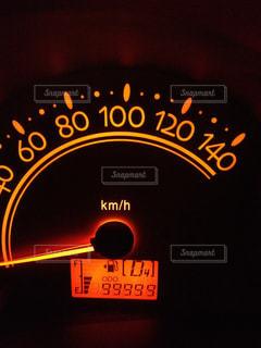 走行距離99999の写真・画像素材[1353102]