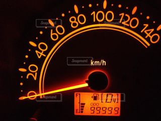 走行距離99999の写真・画像素材[1353103]