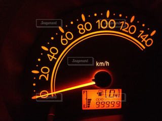 走行距離99999の写真・画像素材[1353105]