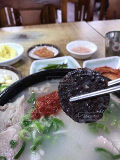 韓国での食事の写真・画像素材[1367300]