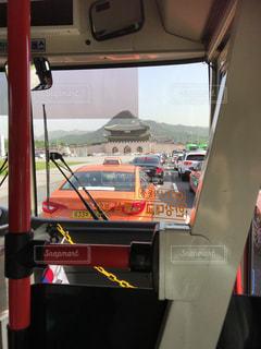 ソウル・バスから臨む光化門の写真・画像素材[1367339]