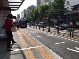 海外・ソウルのバス停留所の写真・画像素材[1378183]