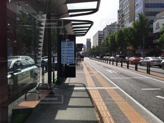 海外・ソウルのバス停留所の写真・画像素材[1378184]