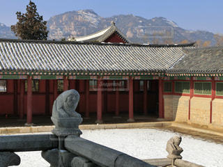 韓国ソウル・雪の景福宮(キョンボックン)の写真・画像素材[1391062]