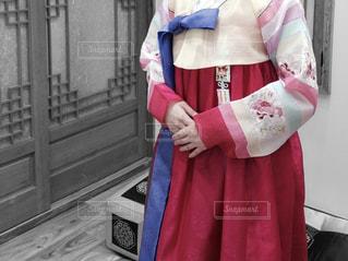 チマチョゴリを着た人の写真・画像素材[1426592]
