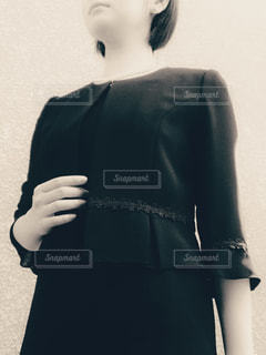 礼服を着た女性の写真・画像素材[1492950]