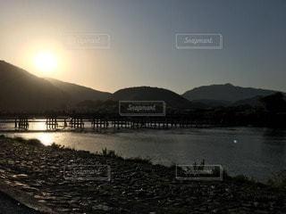 渡月橋と夕焼けの写真・画像素材[119257]