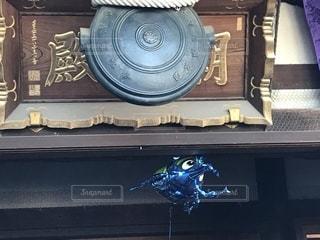 カブトムシがお詣りの写真・画像素材[1714034]