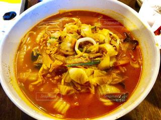 スープのボウルの写真・画像素材[2319483]