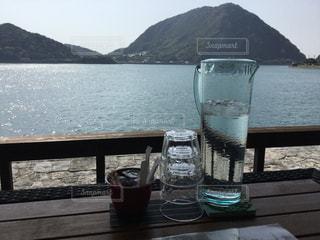 海の見えるカフェの写真・画像素材[2051182]