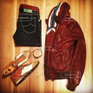 赤い靴のペアの写真・画像素材[1413083]