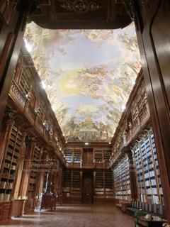チェコのプラハ② ストラホフ修道院の写真・画像素材[1378064]
