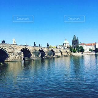 チェコ プラハのカレル橋の写真・画像素材[1354722]